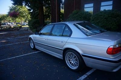 2001 BMW 740i 740iA
