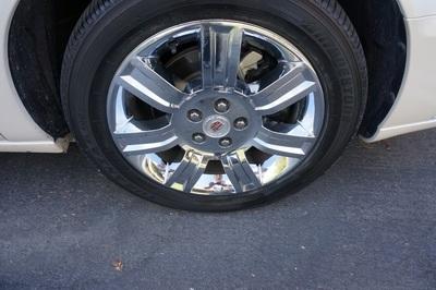 2010 Cadillac DTS w/1SE